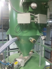 Vacuum Pneumatic Conveying Systems Design Machinery conveying dry bulk powders for the injection molder, blow molders and extrusion industries