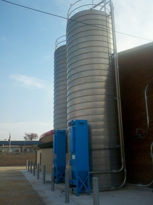Silos Industrial Storage Tanks storing Plastic Pellets, Polyester, Polycarbonate, Polypropylene, Polyethylene, Nylon, PVC, ABS, PET, Wheat Flour, Soy Flour, Gluten Free, Corn Flour, Semolina for the powder bulk solids industries